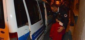 6 yaşındaki Beran, minik Kaan'ın burnu kanamaya başlayınca 112'yi aradı