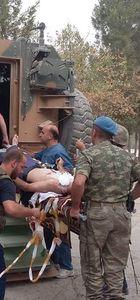 Yaralı vatandaşa Mehmetçik'ten yardım eli