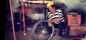 Hurda bisikleti baştan yarattı dünya turuna çıktı!