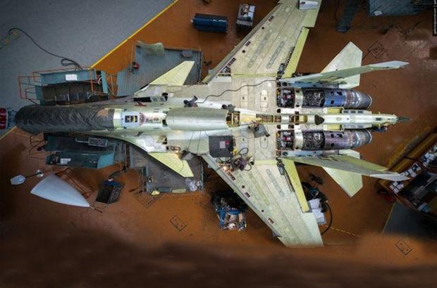 Dünyayı titreten savaş uçakları bakın nasıl üretiliyor!