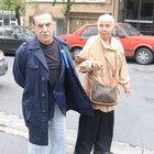 Aydemir Akbaş eşiyle görüntülendi
