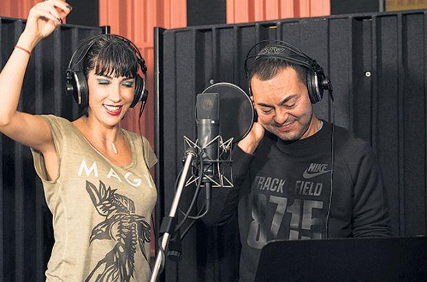 Hande Yener ile Serdar Ortaç stüdyoda