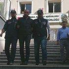Kuyumcu dükkanından bilezik çaldığı için gözaltına alınan şüpheliler tutuklandı