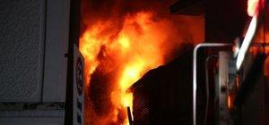 Bursa'da tarihi çarşıda büyük yangın!