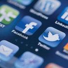 Twitter ve Facebook yavaşladı!