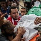 İsrail'in öldürdüğü Filistinli gencin cenazesi toprağa verildi