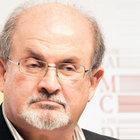 İran'dan kitap fuarına Rüşdi vetosu