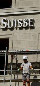 Credit Suisse'den 2 milyar franklık tedbir