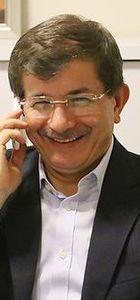Başbakan Davutoğlu A Milli Takımı tebrik etti
