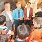 Suriyeli kozmonot, Eyüplü çocuklarla