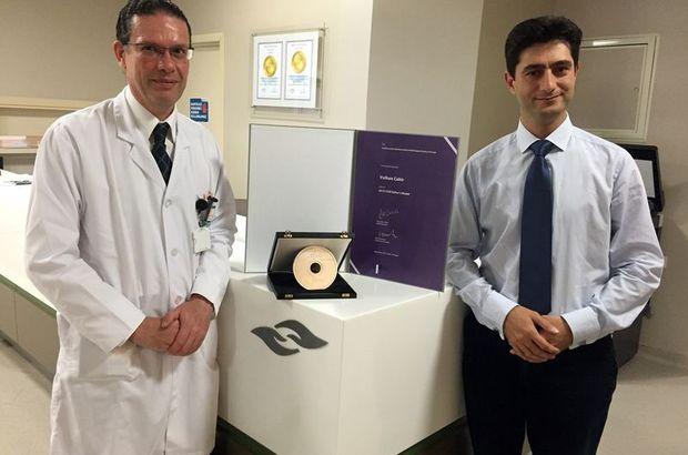 Uzm. Dr. Volkan Çakır, Dr. Yiğit Göktay, Avrupa Girişimsel Radyoloji Derneği Yıllık Toplantısı, ödüllü yöntem, radyoloji