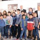 Suriyeli çocukların umutlu fotoğrafları