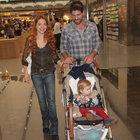 Cemal Hünal ve eşi Lale Cangal alışverişte
