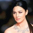 Monica Bellucci: Bond kızlarının eşiğini yükselttim
