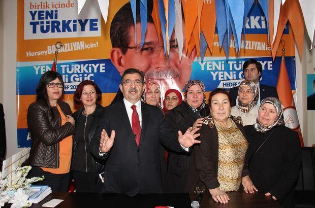 """Güllüce: """"Ne kadar şer güç varsa Ak Parti ile uğraşıyor"""""""
