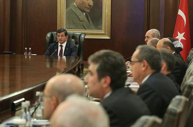 Seçim hükümetindeki 11 bakan Meclis'te