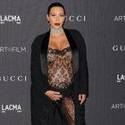 Kim Kardashian yine rol çaldı!
