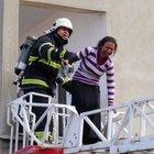 Aksaray'da çıkan yangında 5 kişi ölümden döndü