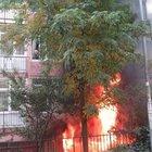 Maltepe'deki yangında eşini bırakamadı