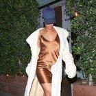 Rihanna'dan 'Fr8me' şıklığı