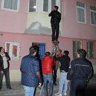 Polisin çabası Iraklı kameramanın hayatını kurtardı