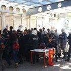 Anadolu Üniversite'sinde afiş kavgası: 3 yaralı
