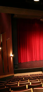 Devlet Tiyatroları perdeleri kapatıyor!