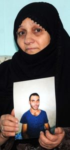 Suriyeli anne, engelli oğlunu arıyor