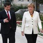 Başbakan Davutoğlu ile Merkel telefonda görüştü