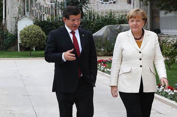 Davutoğlu ve Merkel son gelişmeleri görüştü