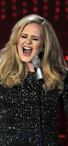 Adele şimdiden rekor kırdı