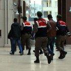 İzmir'de 4 İnsan taciri yakalandı!