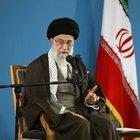 'ABD, İran'a seks ve parayla sızıyor'
