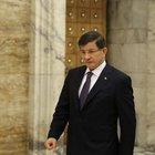 Davutoğlu: Elçi'nin yanında bulunan silah polisimizi şehit etti