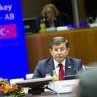 Başbakan Davutoğlu: AB ile vize serbestisi konusunda bir takvim ortaya kondu