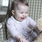 İngiltere'nin en meşhur bebeği büyüdü!