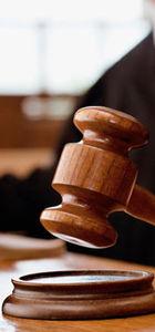 Davaya stajyer hâkim baktı, avukatlar isyan etti