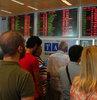 D�� hatlar yerine i� hatlara terminaline getirilen Cezayirli yolcular pasaport kontrol�ne girmedi