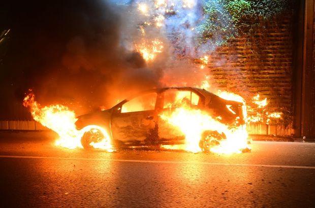 D-100 Karayolu'nda bir otomobil alev topuna döndü
