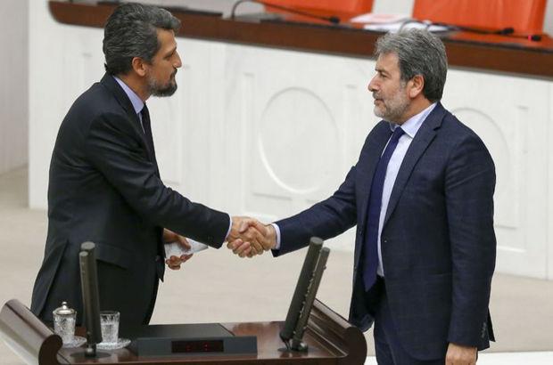 AK Partili vekil HDP'li vekili kürsüde tebrik etti
