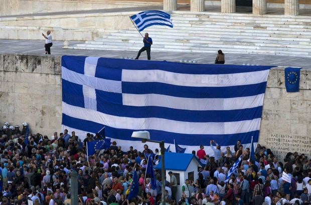 Kreditörlerden Yunanistan'a yeni süre