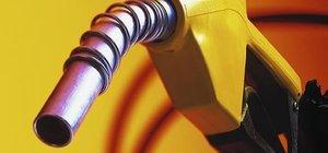 Suudi Arabistan benzine zam yaptı