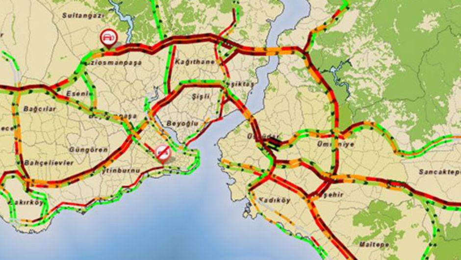 Sağanakla gelen trafik çilesi