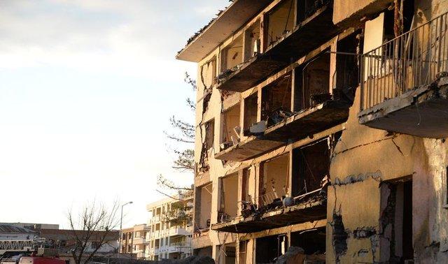 Terör Diyarbakır Çınar'ı vurdu!