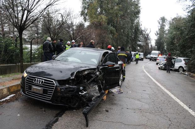 Oktay Vural'ın makam şoförü kaza yaptı