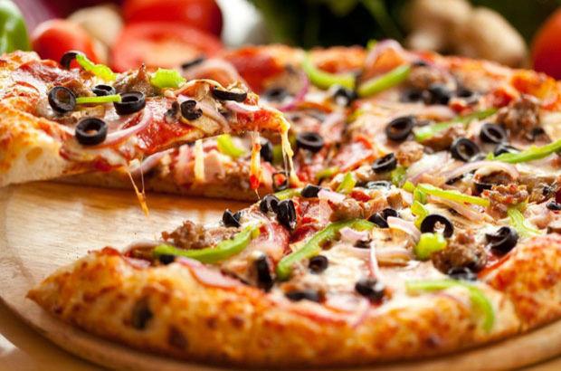 Evde Pizza Hamuru Nasıl Yapılır Pizza Hamuru Tarifi