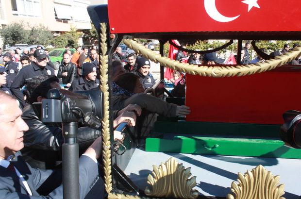 Türkiye şehitlerini uğurladı!