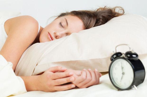 Çok uyuyor ama kendinizi yorgun hissediyorsanız doktor kontrolü şart!