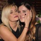 Derya ve Ferhan Şensoy annelerinin doğum gününü kutladı