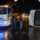 Yolcu midibüsü ile ticari araç kaza yaptı: 26 yaralı